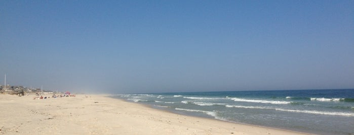 Pikes Beach is one of HAMPTONS..