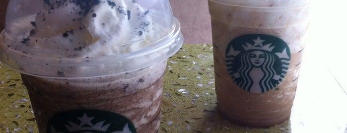 Starbucks is one of Tempat yang Disukai Becky.