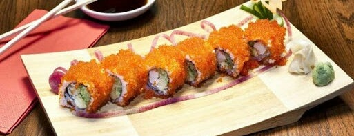 Sushi World is one of Locais curtidos por Pavlos.