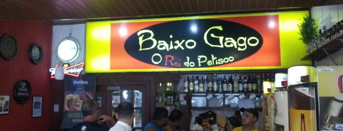 Baixo Gago is one of When in Rio.
