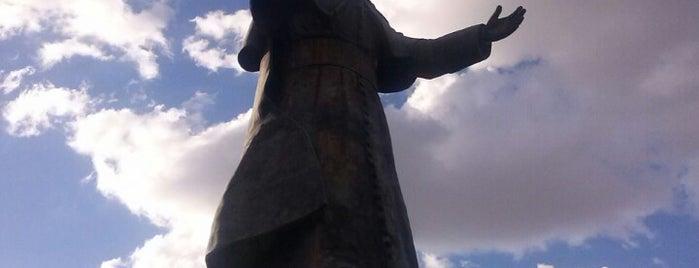 Monumento al Papa Juan Pablo II is one of Lugares favoritos de Marko.
