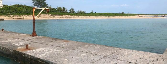 Isla de Enmedio is one of Lugares increíbles al rededor de México.