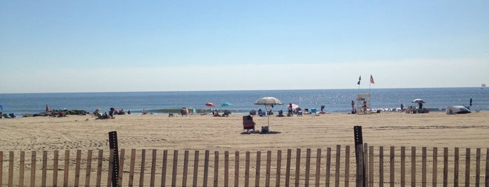 Ocean Ave. - Elks Beach (Manasquan, NJ) is one of Lizzie: сохраненные места.