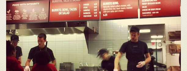 Chipotle Mexican Grill is one of Lynnes list.