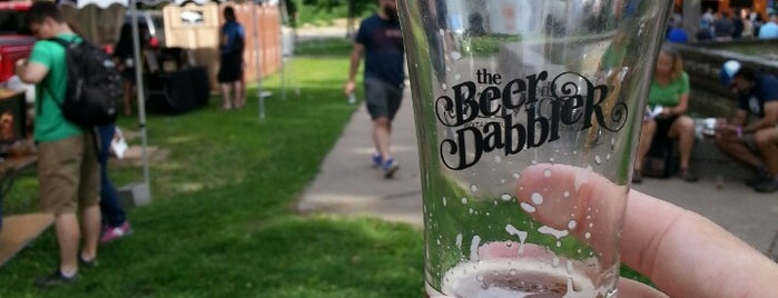 Pride Beer Dabbler is one of Lieux qui ont plu à Jason.