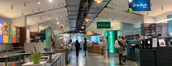 Boston Public Market is one of Tempat yang Disukai Katherine.