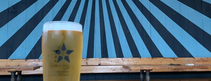 Notch Brewery & Tap Room is one of NorthShore MA.