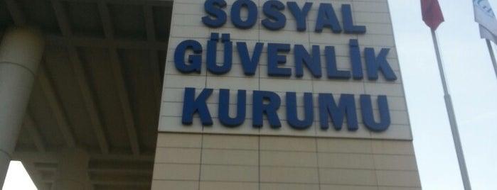 Sosyal Güvenlik Kurumu is one of Lugares favoritos de Fadlul.