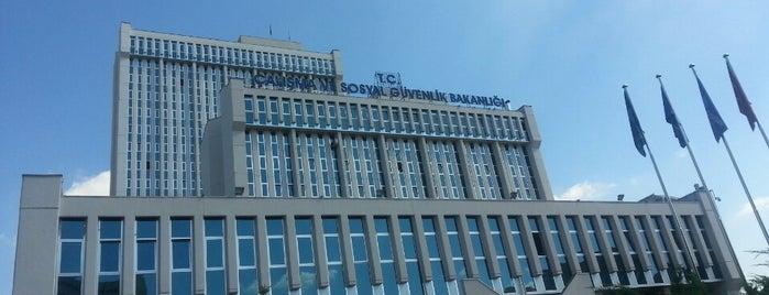 T.C. Çalışma ve Sosyal Güvenlik Bakanlığı is one of özdemir'in Beğendiği Mekanlar.