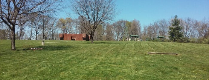 Boone Woods Park is one of Zach : понравившиеся места.