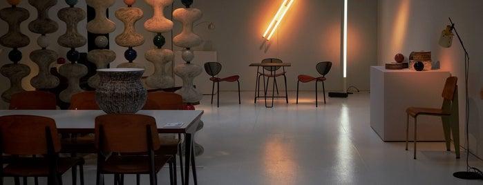 Galerie Jousse Entreprise is one of Paris, je t'aime.