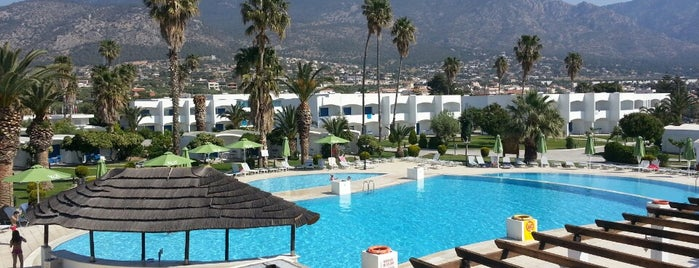 Kinetta Beach Resort & Spa is one of Grèce.