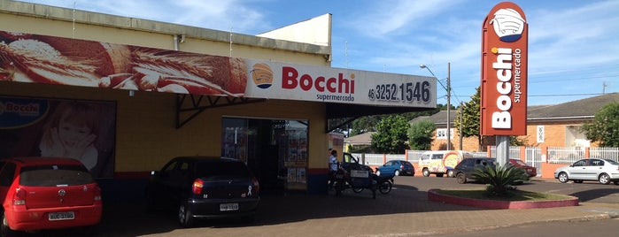 Bocchi Supermercado is one of Lieux qui ont plu à Káren.