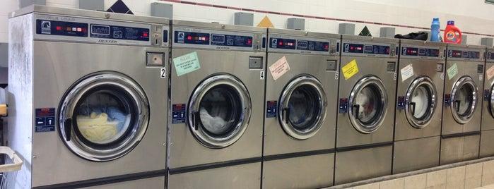 Laundry 204 is one of Locais curtidos por Karl.
