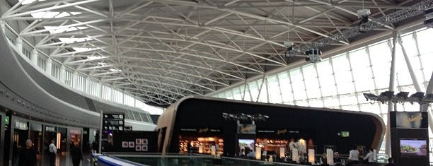 Zurich Airport (ZRH) is one of Phat's Liked Places.