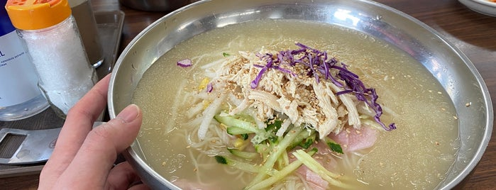 가나안 국수 is one of noodle.