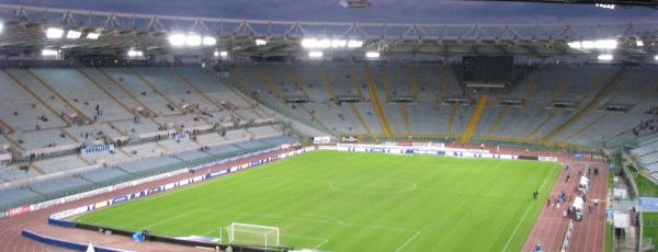 Stadio Olimpico is one of Locais curtidos por Yurii.