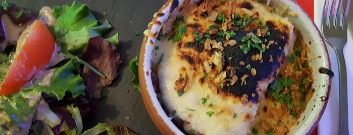 Le Gourmand de Saint Jean is one of Locais salvos de Virginia.