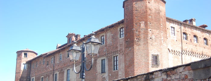 Tempat yang Disukai Castello dei Solaro