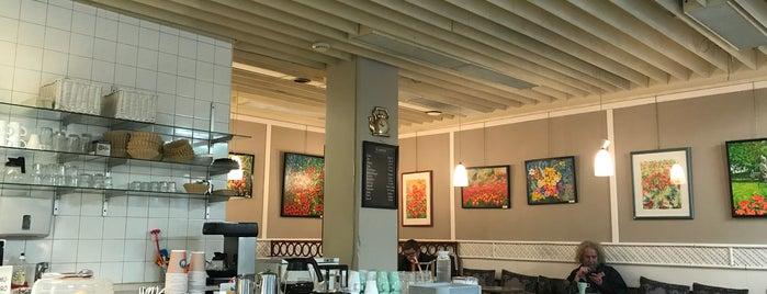 Cafe Harlekiini is one of De viaje!.