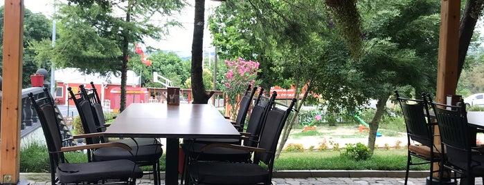 Çapoğlu Restaurant is one of Mekânlar.