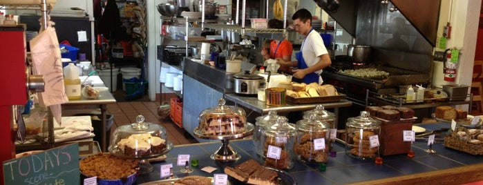 Blue Plate Cafe is one of สถานที่ที่บันทึกไว้ของ Josh.