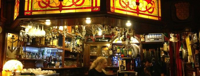 Caffe Bar ULIKS is one of Kroatien.