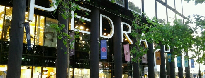Pedralbes Centre is one of Sports & Fashion, I.