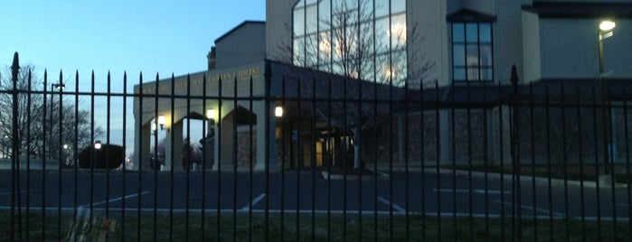 Mount Airy Church Of God In Christ is one of Lugares favoritos de Bern.
