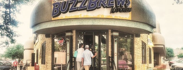 BuzzBrews Kitchen is one of Tammy 님이 좋아한 장소.