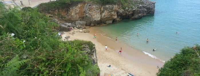 Playa de Puertu Chicu is one of Playas de España: Principado de Asturias.