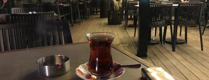 Susam Sokağı is one of Locais curtidos por Oral.