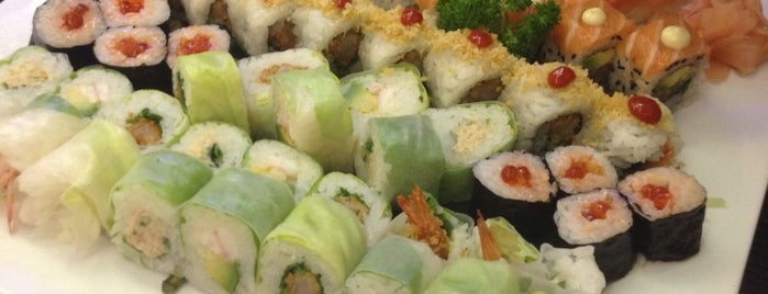 City Sushi is one of Lugares favoritos de Ibrahim.