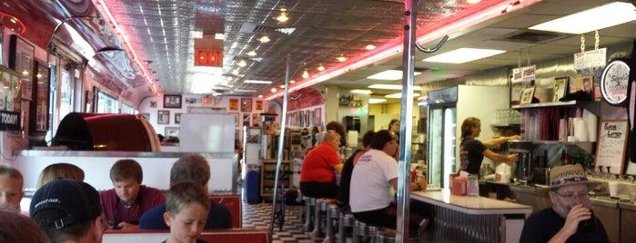 Starlite Diner is one of Cross'un Beğendiği Mekanlar.