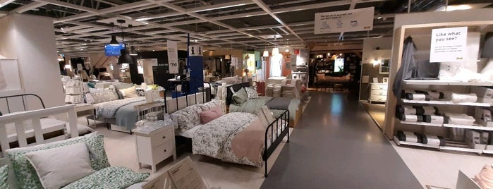 IKEA is one of Posti che sono piaciuti a Jennifer.