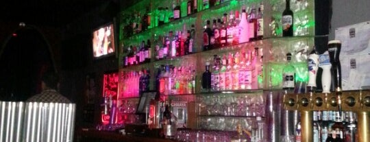 Tonic Bar and Lounge is one of Reno restaurants.