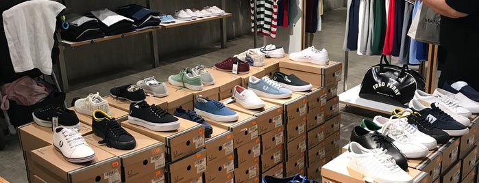 Fred Perry is one of SM Megamall.