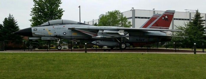 Grumman F-14 Tomcat is one of John'un Beğendiği Mekanlar.