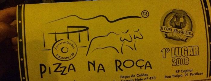 Pizza na Roça (Usina Caconde) is one of สถานที่ที่ Jeferson ถูกใจ.