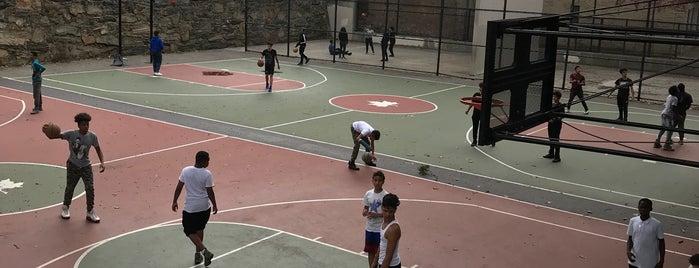 Webster Playground is one of Locais curtidos por Massimo.