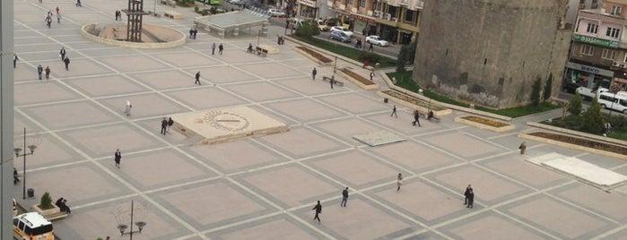 Dağkapı Meydanı is one of Dbakır.