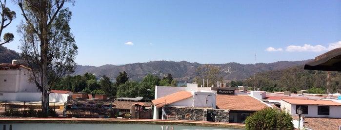 Mercado de Artesanías Valle de Bravo is one of Amparo's Saved Places.