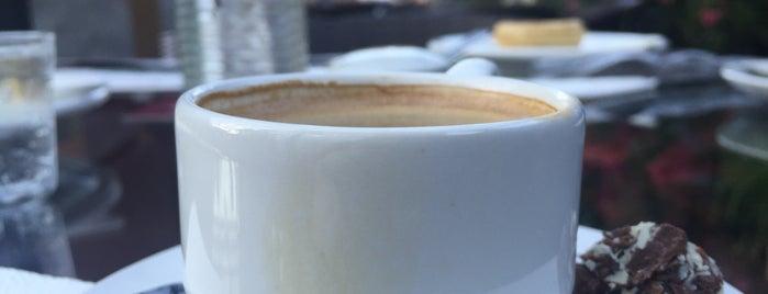 Giardino Caffé is one of Posti che sono piaciuti a Marcia.