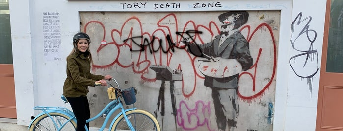 Banksy @ Portobello is one of My Saved Venues Abroad.