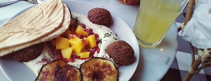 ManGO Vegan Street Food is one of Warsaw.