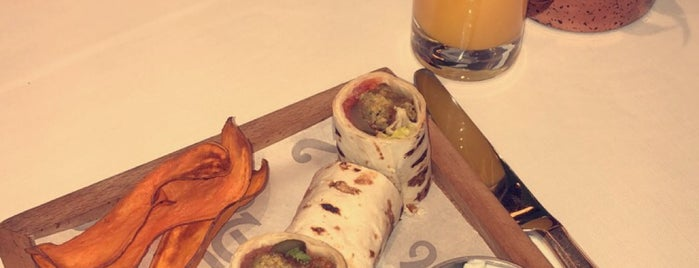 St. Regis Brasserie is one of Istanbul 💛.