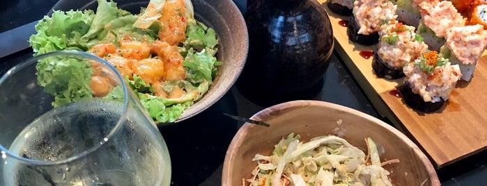 Yada Sushi is one of Letsgosebnemさんのお気に入りスポット.
