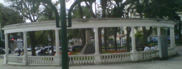 Praça Miguel Couto (Pracinha do Batel) is one of Orte, die Sabrina gefallen.
