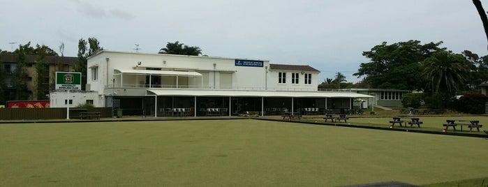 Waverley Bowling Club is one of สถานที่ที่ Leisa ถูกใจ.