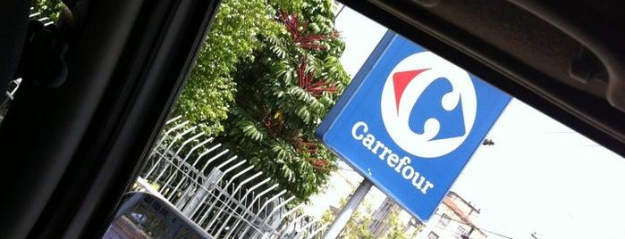 Carrefour is one of Tempat yang Disukai Guilherme.